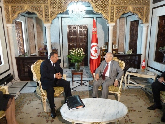 Youssef Amrani\'s meeting with Tunisian Prime Minister, M. Béji Caïd Essebsi