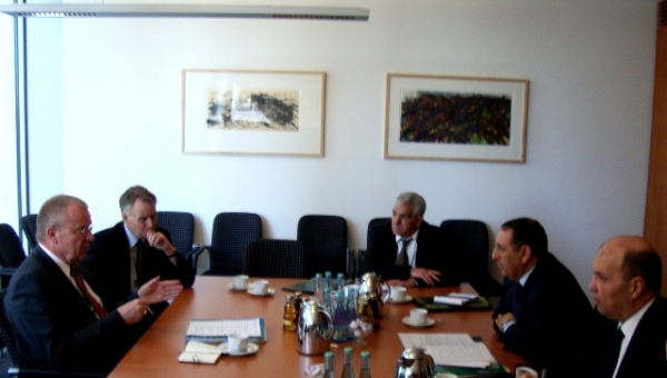 M. Youssef Amrani s\'entretient à Berlin avec plusieurs responsables allemands