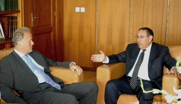 Entretiens entre M. Amrani et Lord Jonathan Marland