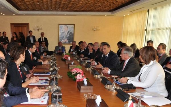 Entretien de M. Amrani avec une délégation de la Commission européenne chargée de l\'Industrie et de l\'entrepreneuriat