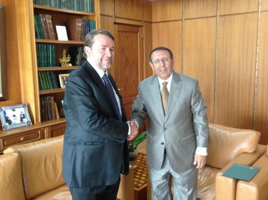 Rencontre de M. Amrani avec le Chargé d'Affaires en pied (e.p) de la République de Colombie à Rabat, M.José Renato Salazar Acosta